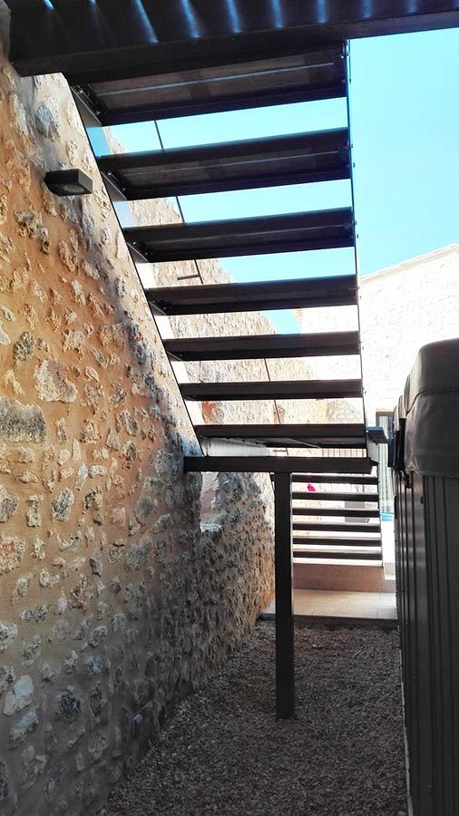 Installation d'un escalier extérieur