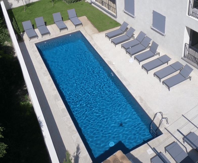 Une magnifique piscine